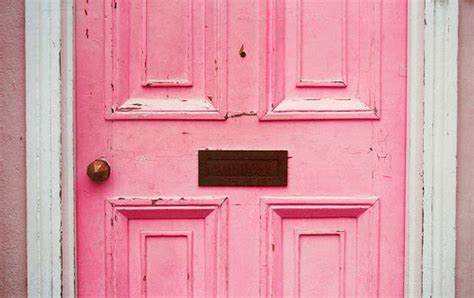 Luvscoop: Think pink